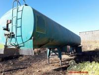 تیغه و تانکر سوخت شرکت نفتی